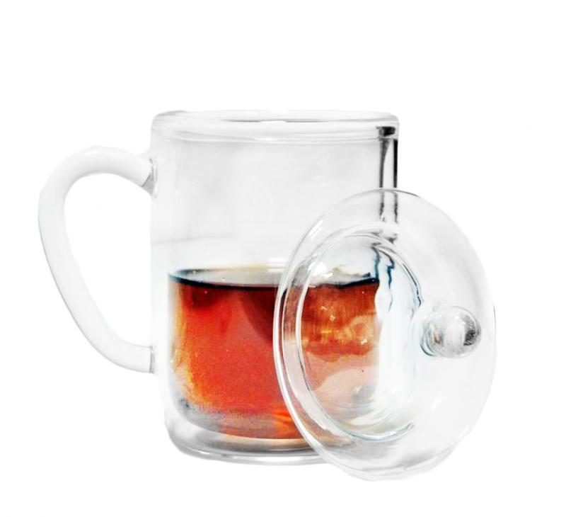 Cana ceai cu capac