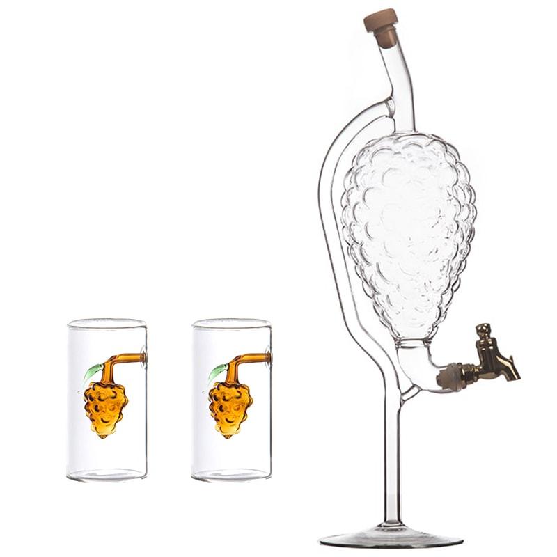 Sticla forma strugure cu robinet 500 ml si 2 paharute cu strugure la interior