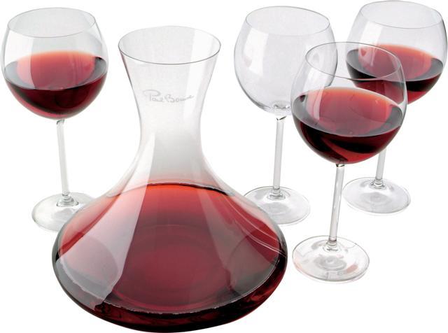 Cum, de ce si cand decantam vinul