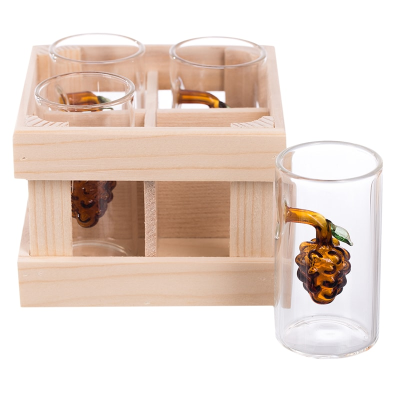 Set 4 paharute cu strugure in ambalaj lemn